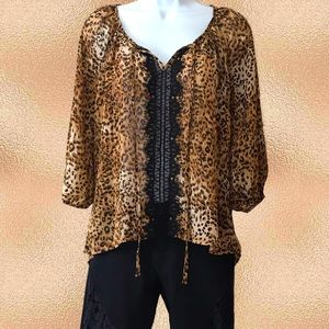 2FOR$30 LIVE TO BE SPOILED Leopard and Lace Sheer Vneck Keyhole Tunic